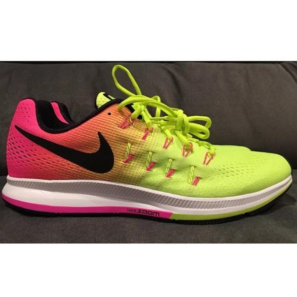 b80cf04c3fe3 Nike Air Zoom Pegasus 33 OC Running Volt size 11.5